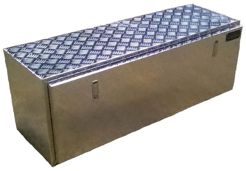 coffre sous chassis pour plateau de remorque ou de camion. Black Bedroom Furniture Sets. Home Design Ideas